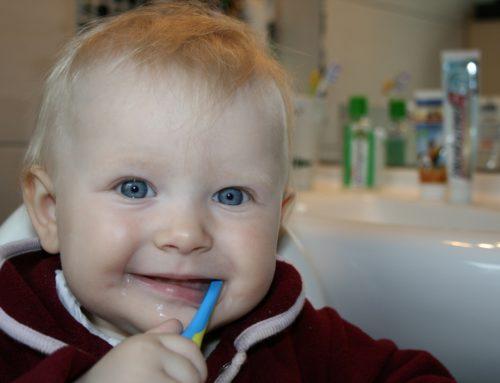 ¿ Cómo cuidar la Salud dental de los niños ?